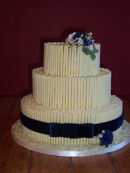 Chocolate  Velvet  Wedding Cake  Ref CW010