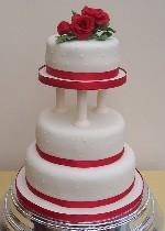Rose Wedding Cake  Ref IC017