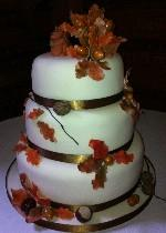 Autumnal Wedding Cake IC119