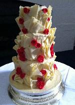 Fans and red rose chocolate wedding cake CW046