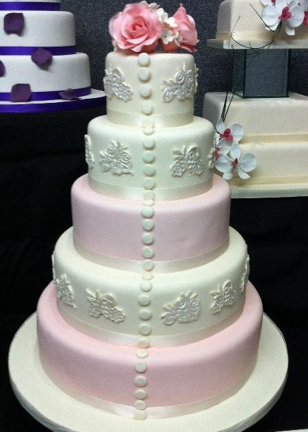 Elegant Lace Wedding Cake IC132